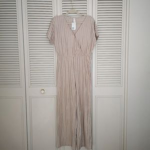 H&m beige striped jumpsuit (New with Tag)